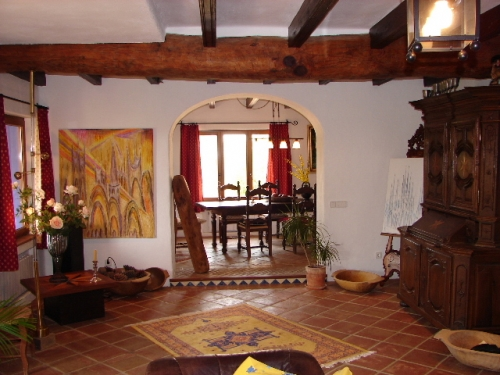 bildergalerie luxus villa los olivos blick in offenen essbereich bild 7 15. Black Bedroom Furniture Sets. Home Design Ideas