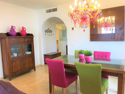 bildergalerie strandwohnung bermuda beach 7 essbereich im wohnzimmer bild 6 25. Black Bedroom Furniture Sets. Home Design Ideas